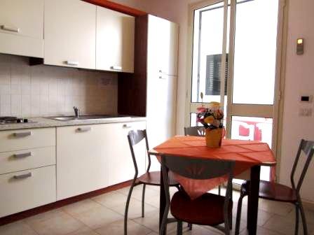 66_residence-rivazzurra_residence_rivazzurra_torre_dell_orso_cucina.jpg