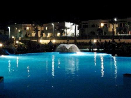 66_residence-rivazzurra_residence_rivazzurra_torre_dell_orso_piscina.jpg