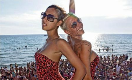 67_grotta-saracena-salento-summer-village_festa-spiaggia2.jpg