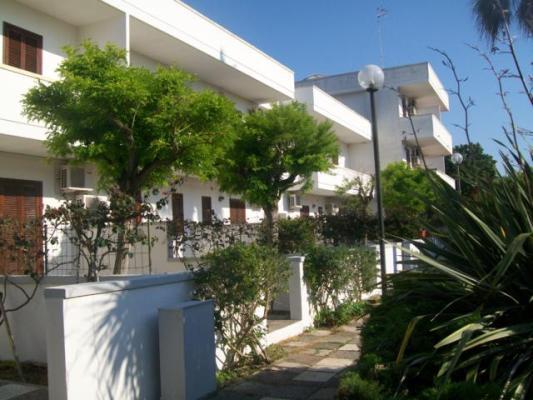 6_residence-borgo-latino_borgo_latino_esterno2.jpg