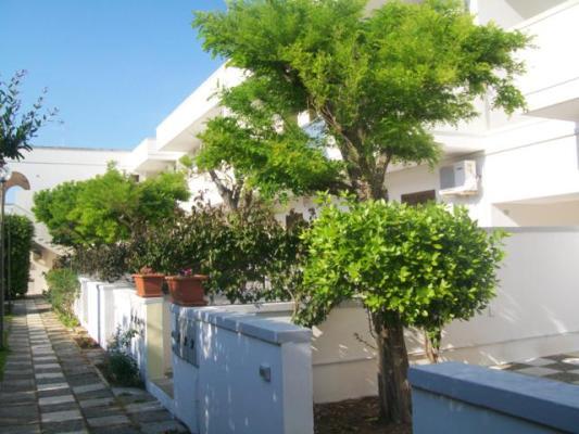 6_residence-borgo-latino_borgo_latino_esterno3.jpg