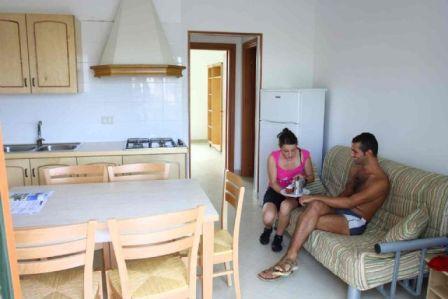 7_residence-cala-verde_14_mancaversa_soggiorno.jpg