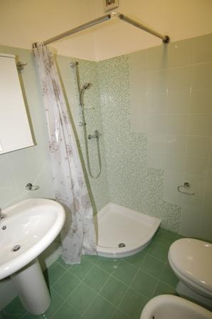 7_residence-cala-verde_18_mancaversa_bagno.jpg