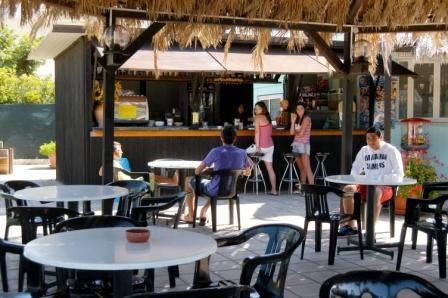 82_residence-club-la-baia-doro_baia_d_oro_torre_mozza_bar.jpg
