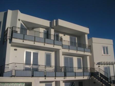 87_le-residenze-il-porticciolo_esterno.jpg