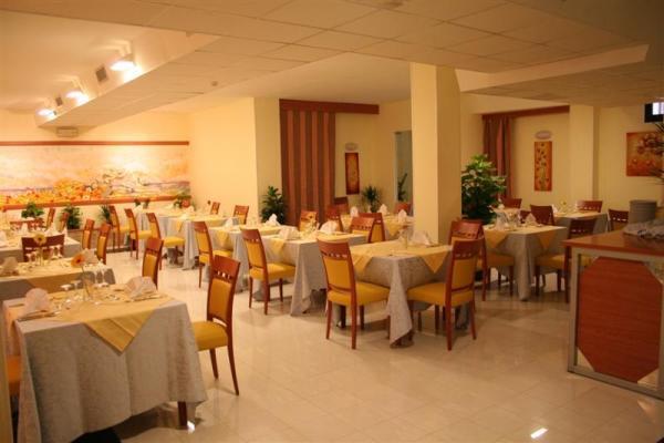 95_hotel-club-la-giurlita-_ristorante_giurlita.jpg