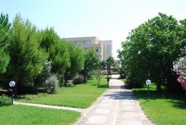 95_hotel-club-la-giurlita-_viali_giurlita.jpg