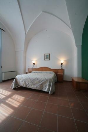 97_borgo-cardigliano_5_camera_hotel.jpg