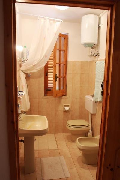 9_villaggio-residence-jonio-club_img_0044_bagno-web.jpg