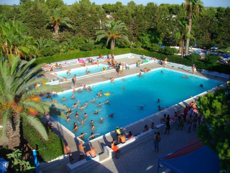 9_villaggio-residence-jonio-club_piscina.jpg