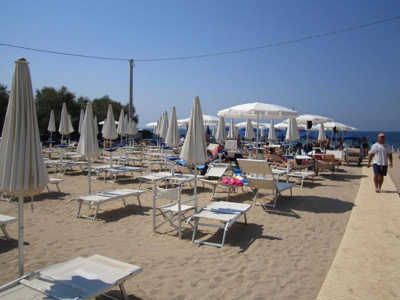 9_villaggio-residence-jonio-club_spiaggia-jonio-club.jpg